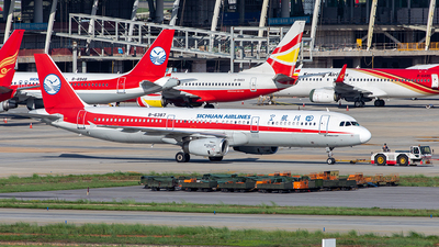 B-6387 - Airbus A321-231 - Sichuan Airlines