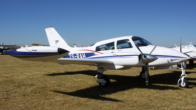 ZS-RAH - Cessna 310Q - Private