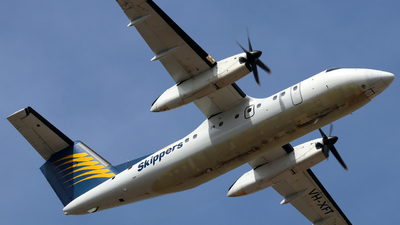 A picture of VHXFT - De Havilland Canada Dash 8100 - [052] - © Robbie Mathieson