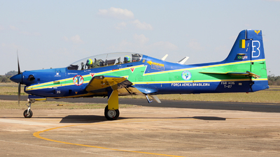 FAB1435 - Embraer T-27 Tucano - Brazil - Air Force