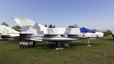 8915 - Mikoyan-Gurevich Mig-21MF Fishbed - Slovakia - Air Force