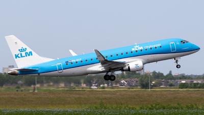 A picture of PHEXT - Embraer E175STD - KLM - © Alexander Jeglitsch