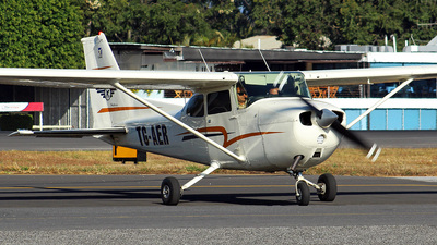 TG-AER - Cessna 172 Skyhawk - Private