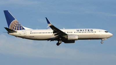 A picture of N76508 - Boeing 737824 - United Airlines - © DJ Reed - OPShots Photo Team