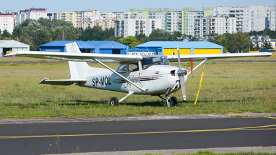 SP-MOL - Cessna 172M Skyhawk - Private