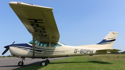 A picture of GBOPH - Cessna TR182 Turbo Skylane RG - [R18201031] - © David Cook