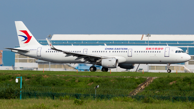 B-8571 - Airbus A321-211 - China Eastern Airlines
