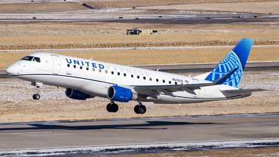 A picture of N616UX - Embraer E175LL - United Airlines - © HA-KLS