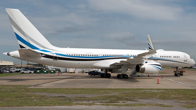 N801DM - Boeing 757-256 - Private