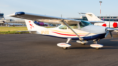SP-DTQ - Cessna 182 - Private