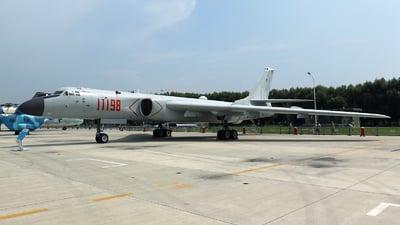 11198 - Xian H-6K - China - Air Force