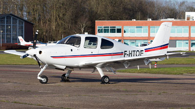 F-HTOE - Cirrus SR20-G3 - Private