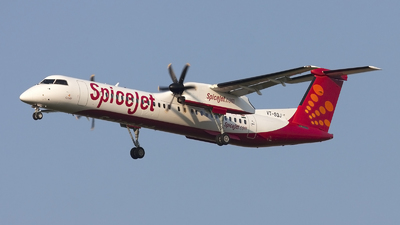 A picture of VTSQJ - De Havilland Canada Dash 8400 - SpiceJet - © if