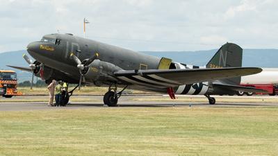 N74589 - Douglas DC-3C - Private