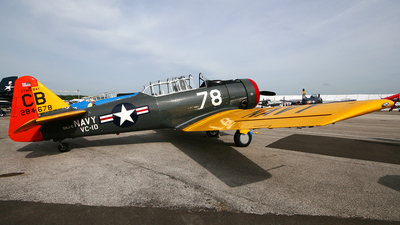 N7095C - North American AT-6D Texan - Private