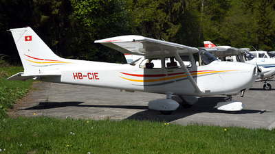 A picture of HBCIE - Cessna F172P Skyhawk II - [2221] - © Mirko Bleuer