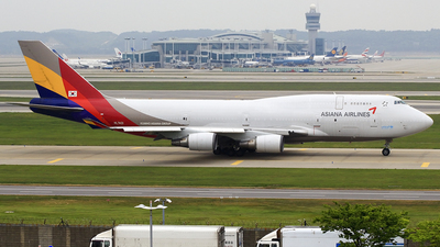 HL7421 - Boeing 747-48E(BDSF) - Asiana Airlines