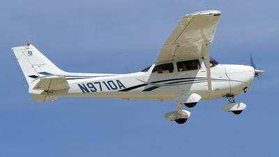 A picture of N9710A - Cessna 172S Skyhawk SP - [172S10149] - © Jeremy D. Dando