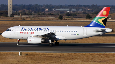ZS-SFH - Airbus A319-131 - South African Airways