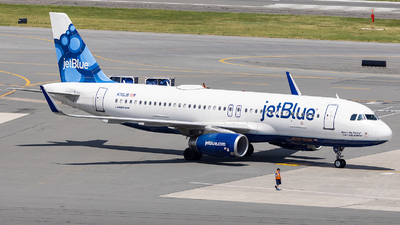 A picture of N715JB - Airbus A320232 - JetBlue Airways - © Jason Chen