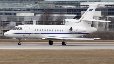 MM-62210 - Dassault Falcon 900 - Italy - Air Force