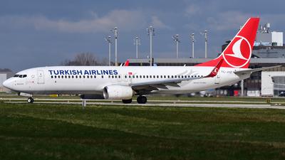 A picture of TCJVZ - Boeing 7378F2 - Turkish Airlines - © Thomas Schmidt-Blindenhöfer
