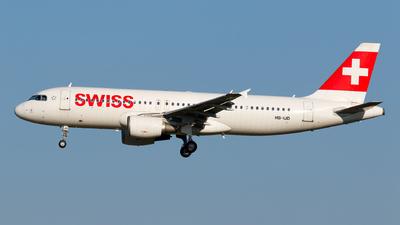 A picture of HBIJD - Airbus A320214 - Swiss - © Matteo Lamberts