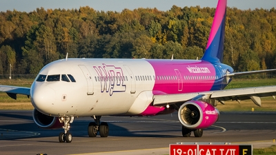 HA-LXQ - Airbus A321-231 - Wizz Air