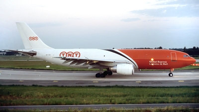 OO-TZD - Airbus A300B4-203(F) - TNT Airways