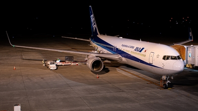 A picture of JA620A - Boeing 767381(ER) - All Nippon Airways - © KUWA