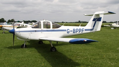 G-BPPF - Piper PA-38-112 Tomahawk - Private