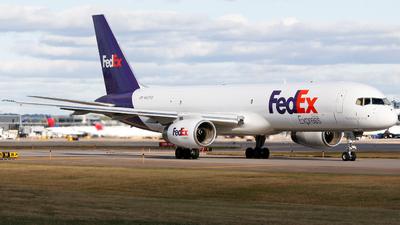 A picture of N921FD - Boeing 75723A(SF) - FedEx - © Alec Mollenhauer
