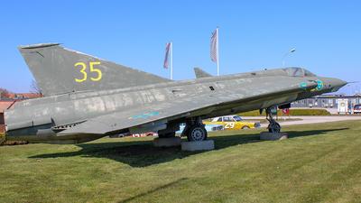 35945 - Saab J-35E Draken - Sweden - Air Force