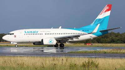 A picture of LXLBT - Boeing 7377K2 - Luxair - © Peter Bakema