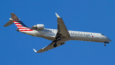 A picture of N710PS - Mitsubishi CRJ701ER - American Airlines - © Jeremy D. Dando