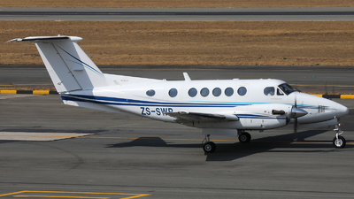 ZS-SWR  - Beechcraft B200 Super King Air - Private