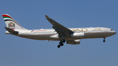 A6-EYN - Airbus A330-243 - Etihad Airways