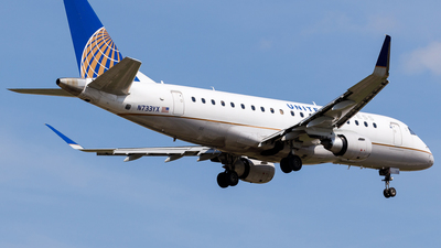 A picture of N733YX - Embraer E175LR - United Airlines - © Martin Pinnau