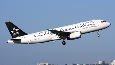 ZK-OJH - Airbus A320-232 - Air New Zealand