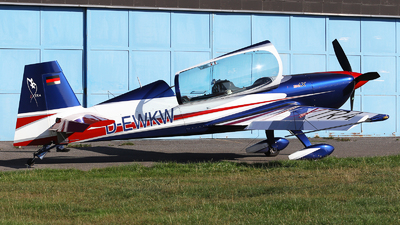 D-EWKW - Extra 330LX - Private