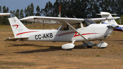 CC-AKB - Cessna 172S Skyhawk SP - Private