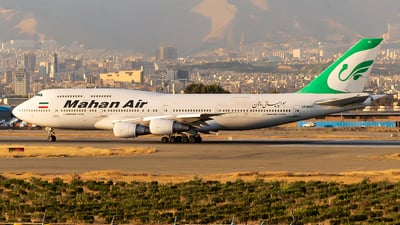 A picture of EPMND - Boeing 7473B3(M) - Mahan Air - © Mohammad Rozve