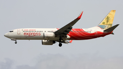 VT-AXX - Boeing 737-8HG - Air India Express