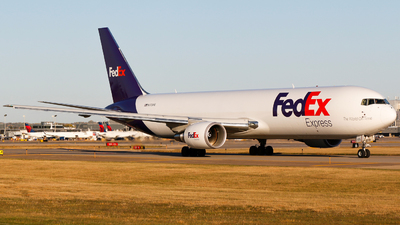 A picture of N173FE - Boeing 7673S2F(ER) - FedEx - © Alec Mollenhauer