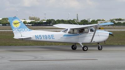N5198E - Cessna 172N Skyhawk - Skyduo Fligh Academy