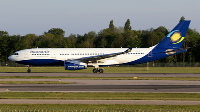9XR-WN - Airbus A330-243 - RwandAir