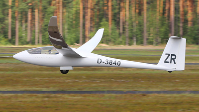 D-3840 - Schempp-Hirth Ventus 2C - Private