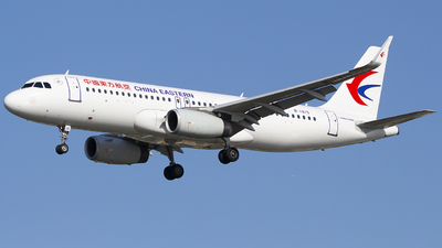 A picture of B1815 - Airbus A320232 - China Eastern Airlines - © Feijikaide
