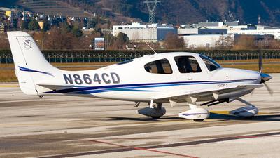 A picture of N864CD - Cirrus SR20 - [1221] - © Traffico_aereo (Olivieri Enrico)
