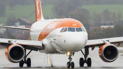 G-EZDE - Airbus A319-111 - easyJet